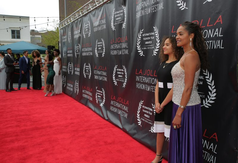 Tara Johnson Delgado with daughter Bibi, 12